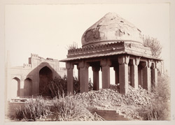 Tatta, Karachi District, Sindh. A twelve-pillared tomb beside Mirza Jani Beg's: Mirza Tugral Beg's